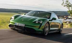 Электрокар Porsche Taycan 2020 года