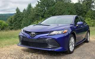 Обзор Toyota Camry 2019 — 2020 года в новом кузове