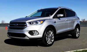 Обзор четырех поколений Ford Escape Hybrid