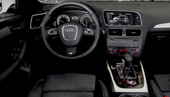 фотография салона Audi Q5 Hybrid Quattro