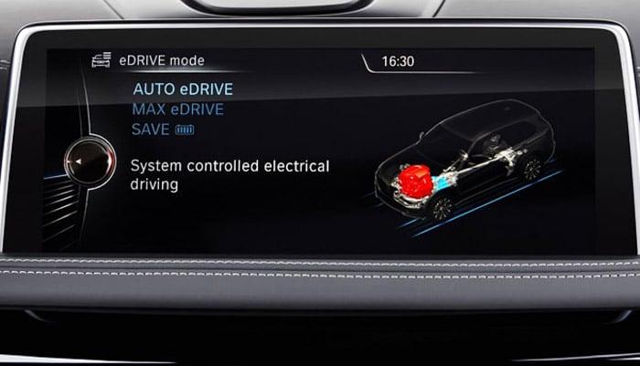 фото дисплея на BMW X5