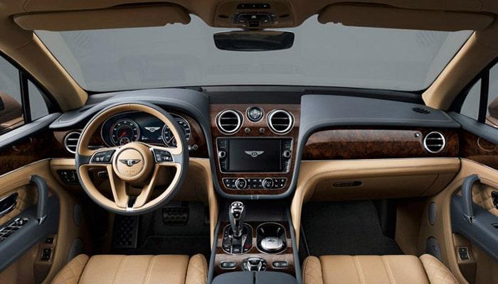 фотография гибридного автомобиля Bentley Bentayga