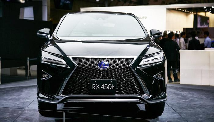 фото с переди Lexus RX 450