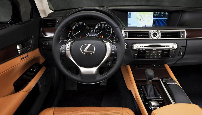 фото салона Lexus GS З00h