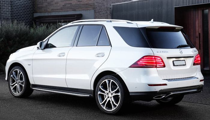 фото сзади Mercedes-Benz GLE 500 e 4MATIC