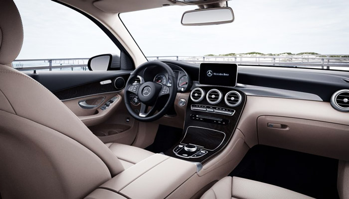 фото салона Mercedes-Benz GLC З50 e 4MATIC