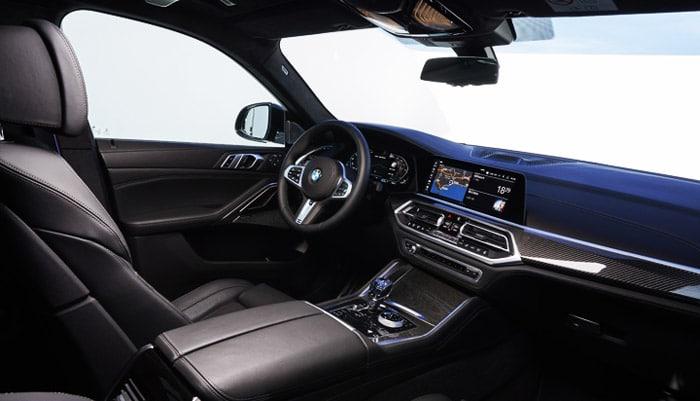 фото в салоне водительское сиденье BMW X6