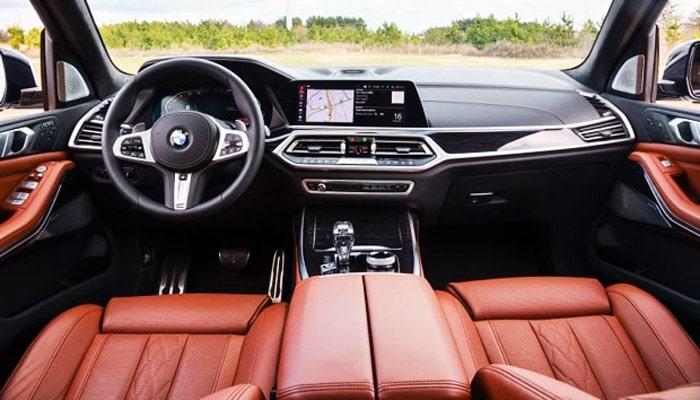 фото салона автомобиля BMW X7